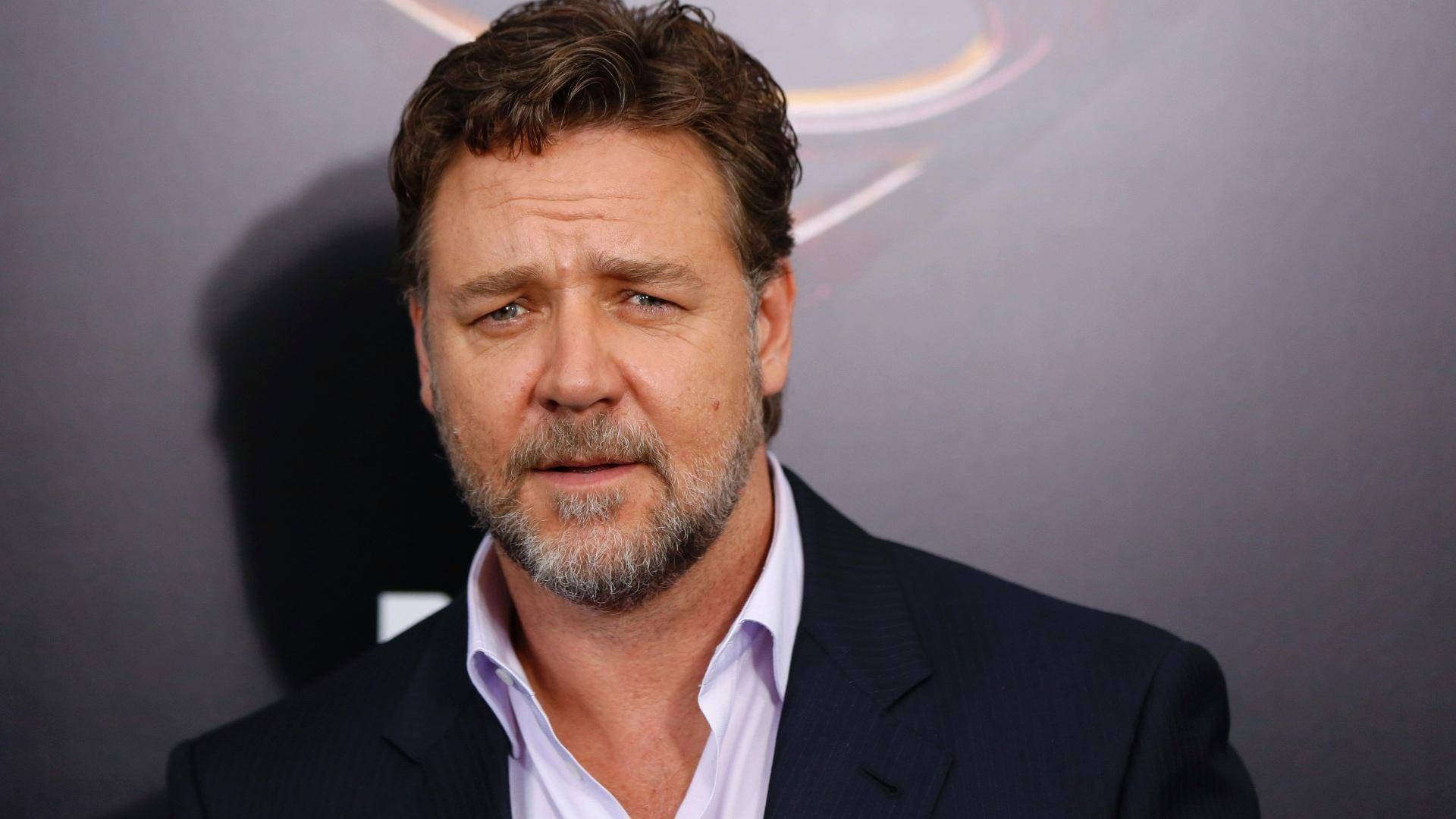 Por qué el actor Russell Crowe tanteó comprar un club de fútbol inglés