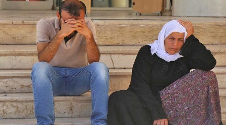 """Suruç'ta AKP Milletvekili İbrahim Halil Yıldız'ın koruma ve yakınları tarafından öldürülen Esvet, Celal ve Adil Şenyaşar ile ilgili soruşturma yürüten 4 savcı, cinayeti aydınlatma yerine Şenyaşarların """"örgütle bağlantı""""sını ıspatlamak amacıyla mezar yerlerini araştırdığı ortaya çıktı."""
