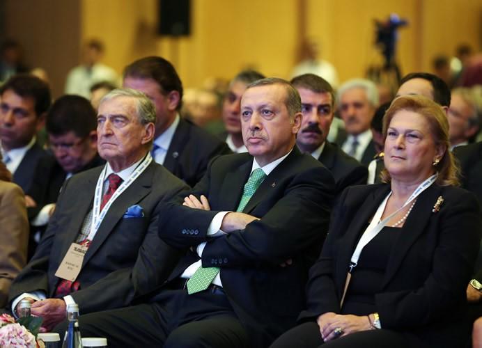 AKP'ye çok şey borçlular: Ülkenin en büyük 500 şirketinin kârları yüzde 48,5 arttı!