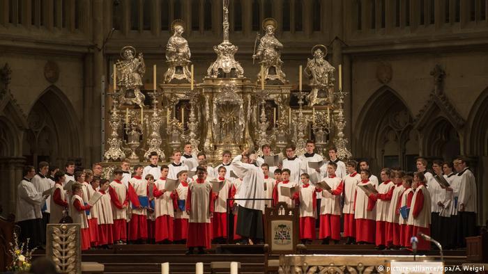 Alman Katolik Kilisesi, tarihinin en büyük cinsel istismar skandalı ile sarsılıyor
