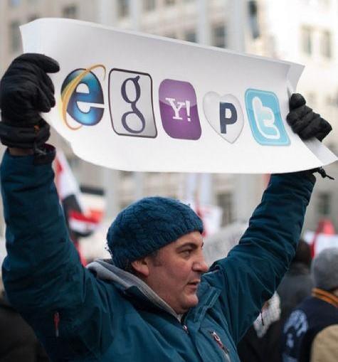 egypt-protest-sign_0.jpg