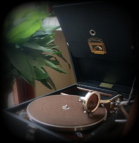 gramofon_2.jpg