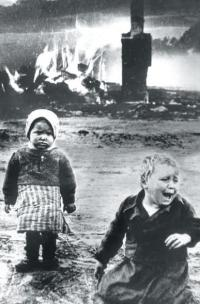 russian_children_caught_in_the_blitz_0.jpg