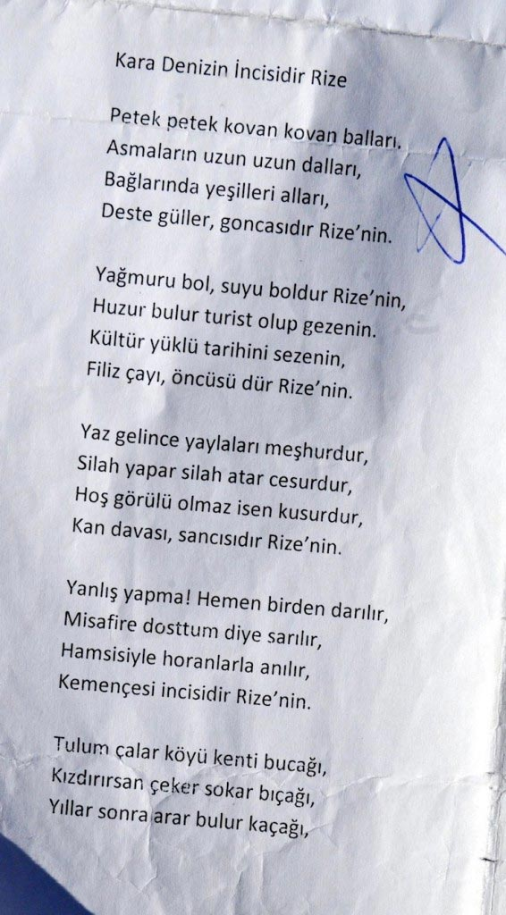 Ilkokul öğrencisine Rizeyle Ilgili Bu şiir Okutuldu Kızdırırsan