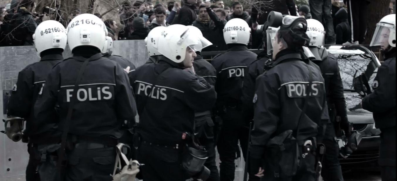 Emniyet, her sokağı bir polis timine zimmetledi | soL ...
