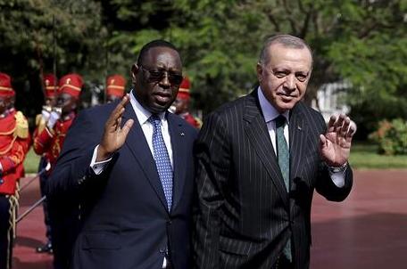 AKP'li Erdoğan, İdliblilere briket konut vaat etti