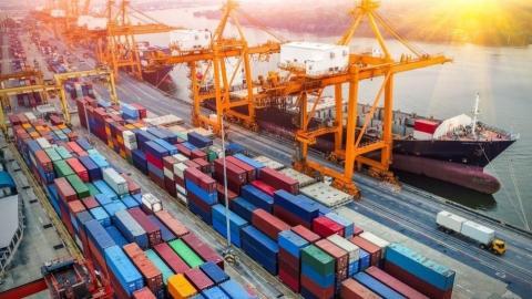 İhracat azaldı, ithalat yüzde 16 arttı