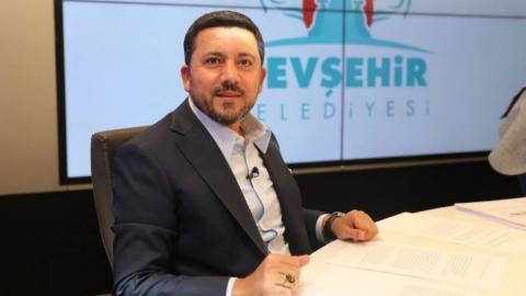 Δήλωση «παραίτησης» του Δημάρχου του AKP του Νεβσεχίρ