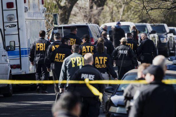 Teksas polisinden 'seri bombacı' uyarısı