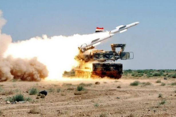 Rusya: Suriye hava savunma sistemleri İsrail'in Şam'daki havalimanını hedef alan 7 füzesini düşürdü
