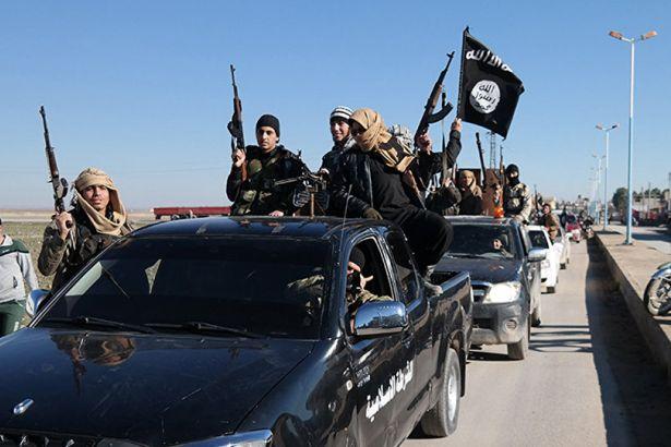 'IŞİD, El Nusra'nın elindeki iki varil kimyasala el koydu'