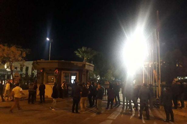 TARİŞ'te polis müdahalesi: 100 işçi gözaltında