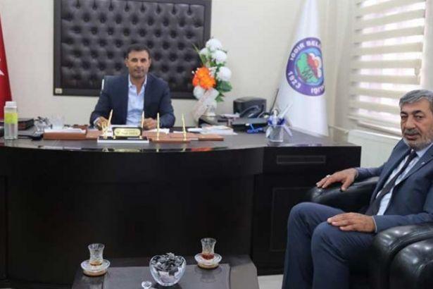 MHP'den HDP'li başkana ziyaret