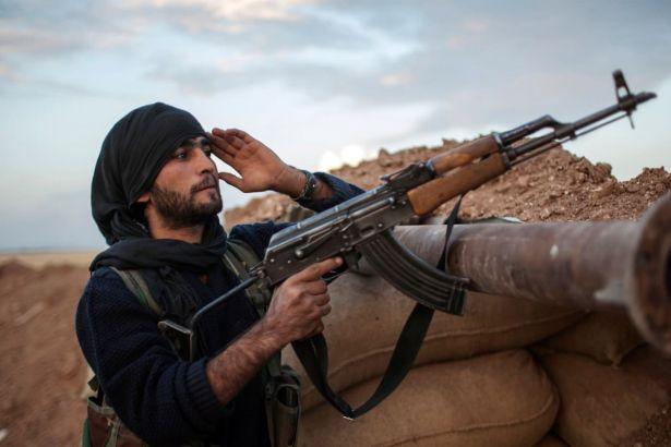 Suriye-Lübnan sınırında IŞİD ve Nusra çatışması: En az 30 ölü