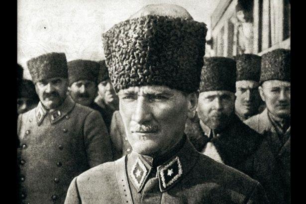 10 Kasım: İkinci Tür Atatürkçüler İçin Gösteri Zamanı