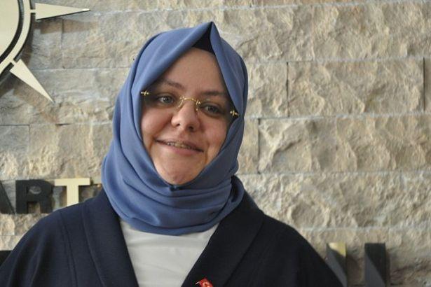 Aile Bakanı Zehra Zümrüt Selçuk 495 sorudan 7'sine yanıt verdi | soL Haber  Portalı