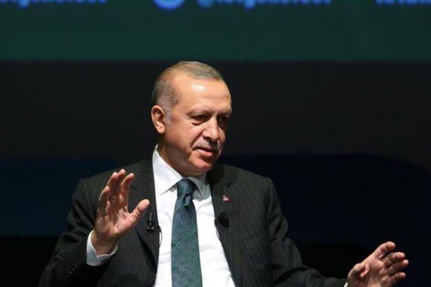 Erdoğan'dan kadın erkek eşitliği tanımı: 100 metreyi bayan erkek aynı şekilde mi koşturacağız?