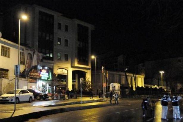 AKP İstanbul İl Binasına Silahlı Saldırı