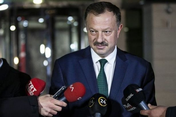 Fetullah Gülen'in takke hediye ettiği AKP YSK temsilcisi: Bu ünlüler 28 Şubat ya da PKK'ya aynı tepkiyi gösteriyor mu?