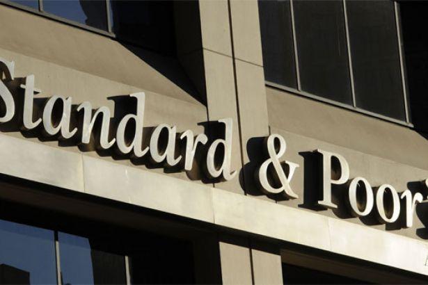 S&P: Türkiye ekonomisinde daralma bekleniyor