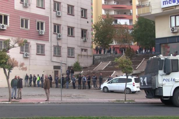 HDP binası polis tarafından ablukaya alındı
