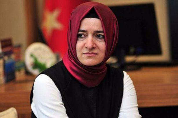 Aile Bakanı 'Hırsız, katil AKP' sloganlarıyla protesto edildi