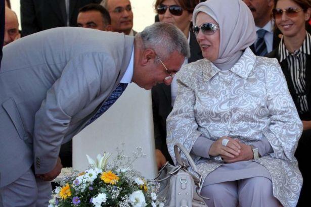 AKP'li eski vekil, AKP'de neler döndüğünü açıkladı: Anket, para, kirli işler...