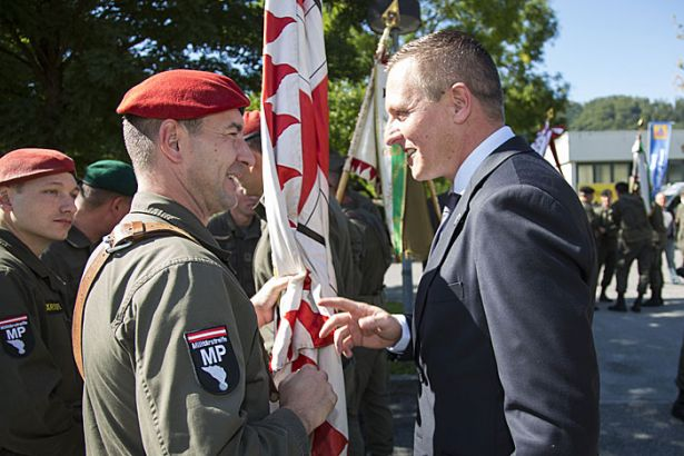 Avusturya Savunma Bakanı: Avrupa Ordusu anayasamıza aykırı