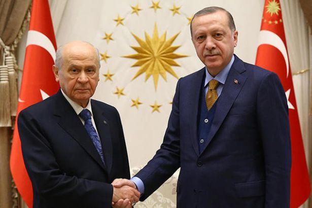 Haber değeri yok ama gülümseyin: Bahçeli'den Erdoğan'a tebrik telefonu!