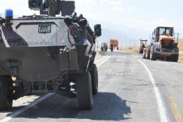 Şemdinli-Yüksekova yolunda patlama: 2 işçi yaralı