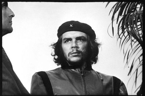 Komünist ve ekonomist Che – Héctor Rodríguez Llompart