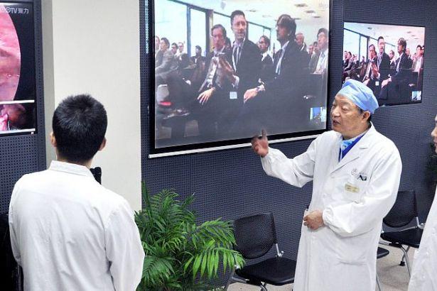 Çin 5G teknolojisiyle ilk uzaktan beyin ameliyatını gerçekleştirdi