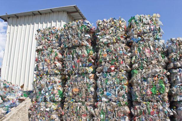 Çöplükleri olduk: ABD, Almanya, İngiltere plastik atıklarını Türkiye'ye  ihraç ediyor!   soL Haber Portalı