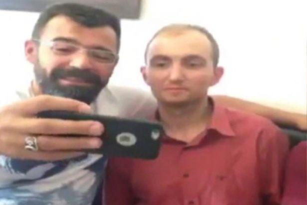 Polisten Skandal Video: Atalay Filiz'le Selfie Çekip, Tebrik Ettiler