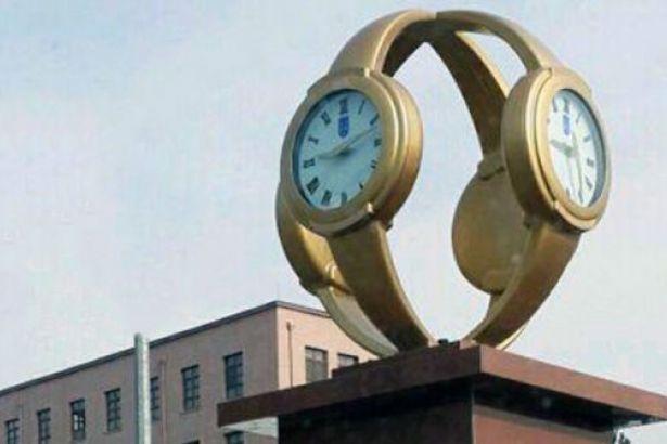 kol saati anıtı ile ilgili görsel sonucu