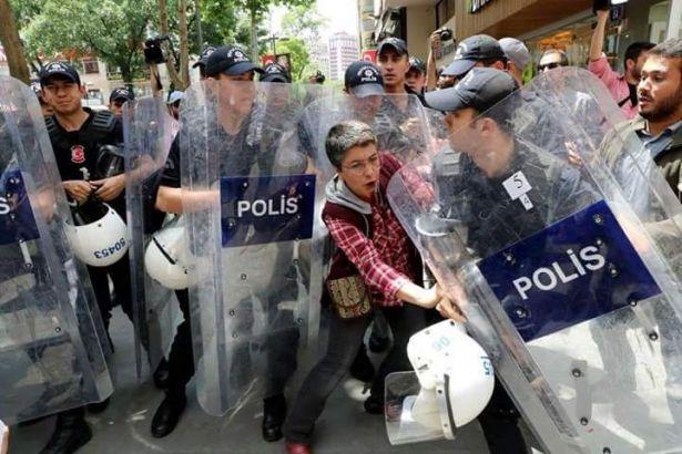 Yüksel Direnişinin 587.Günü Akşam Açıklamasına Polis Saldırdı