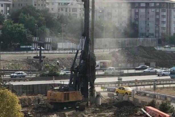 Kadıköy'de iş makinesi doğalgaz ana borusunu patlattı