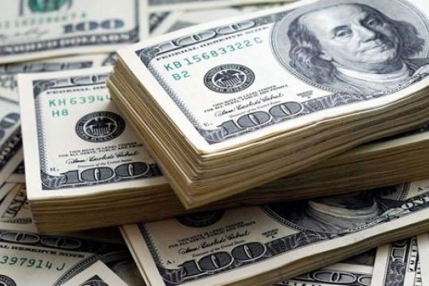 Dolarda düşüş bir gün bile sürmedi: Yeniden 4,80