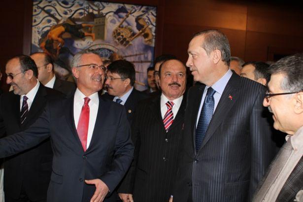 'AKP'de yalakalıkta sınır yok: Erdoğan'ı bu ülkede başkan yapmadan bize çoluk çocuğumuz, eşimiz haramdır'
