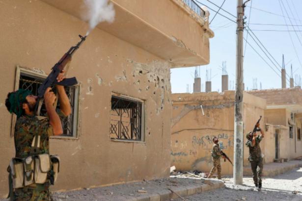 Reuters: Suriyeli Kürtler, Esad'la anlaşmak için yol haritası sundu