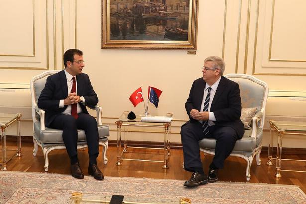 AP Türkiye Raportörü'nden İmamoğlu'na tebrik ziyareti