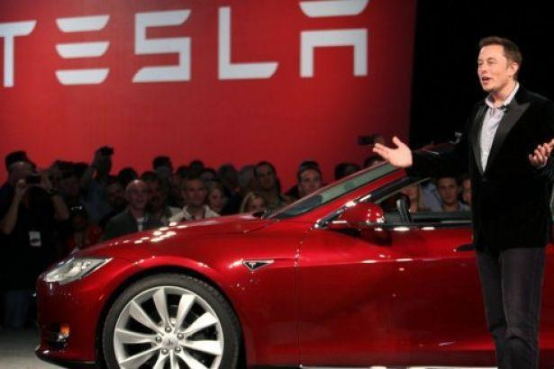 Tesla binlerce çalışanını işten çıkartacak