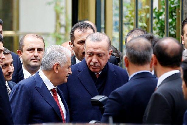 'Erdoğan çıktığı sandığa gömüldü!'