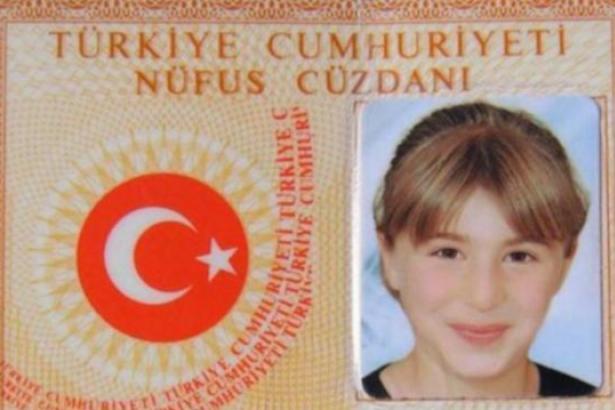 """İdil'de sokağa çıkma yasağıyla birlikte kendisinden haber alınamayan ve 20 gün sonra ölü bulunan 13 yaşındaki Fatma Elarslan, """"gizli tanık"""" ifadeleri doğrultusunda """"örgüt üyesi"""" sayıldı ve ölümüne dair kovuşturmaya gerek duyulmadı."""