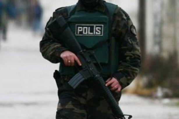 Türkan Albayrak' ın Evini Terörle Mücadele Bastı: 85 Yaşında Kadının Başına Silah Dayadı