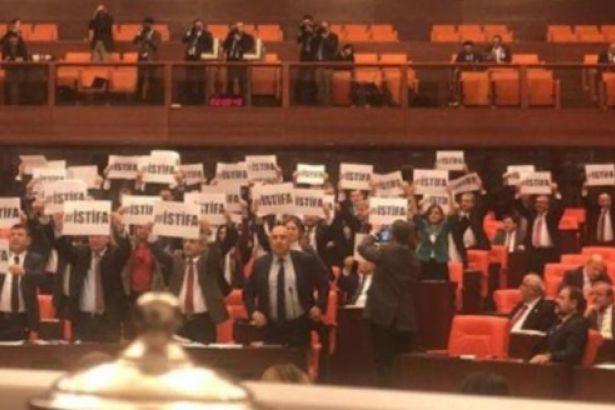 Ankara'daki tren faciasý protestosuna AKP'den cevap: Þov yapmayýn