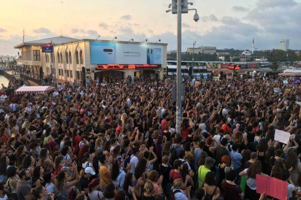 Binlerce kadın haykırdı: İstanbul Sözleşmesi uygulansın!