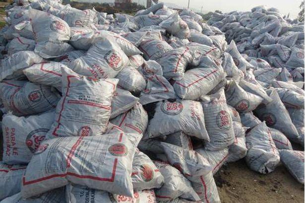 Hamdolsun fırldaklar! AKP'nin seçim dönemi dağıttığı yardım kömürlerinin yarısı kaya çıktı