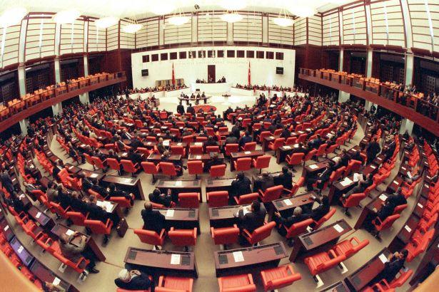 AKP'den yeni yasa tasarısı