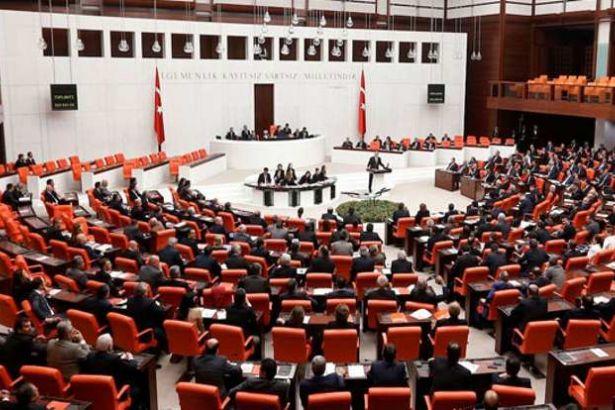 Halkbank'tan milletvekillerine 9 bin 700'er lira promosyon ödemesi!